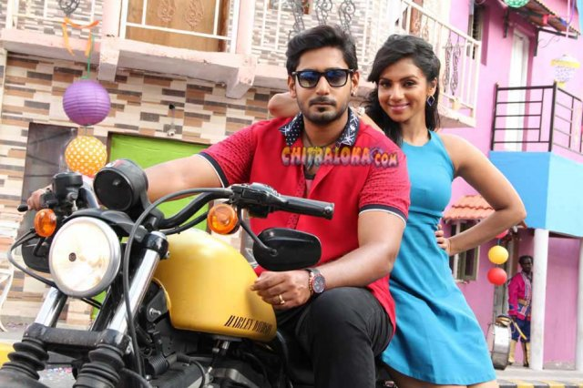 Mada Mattu Manasi Movie Gallery