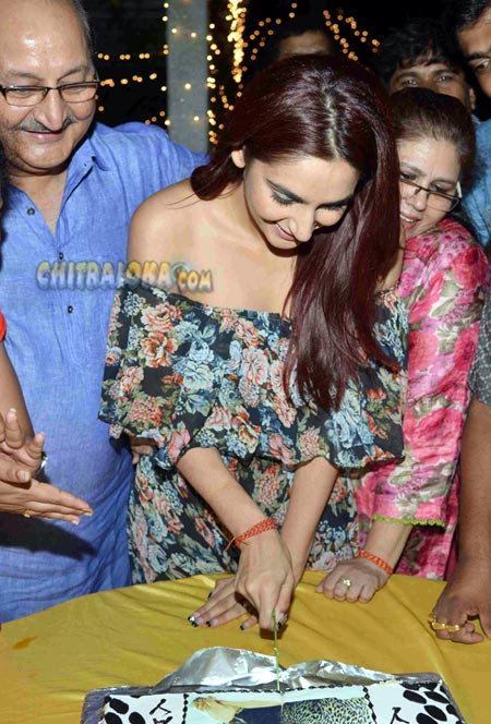 Ragini Birthday Celebration Image