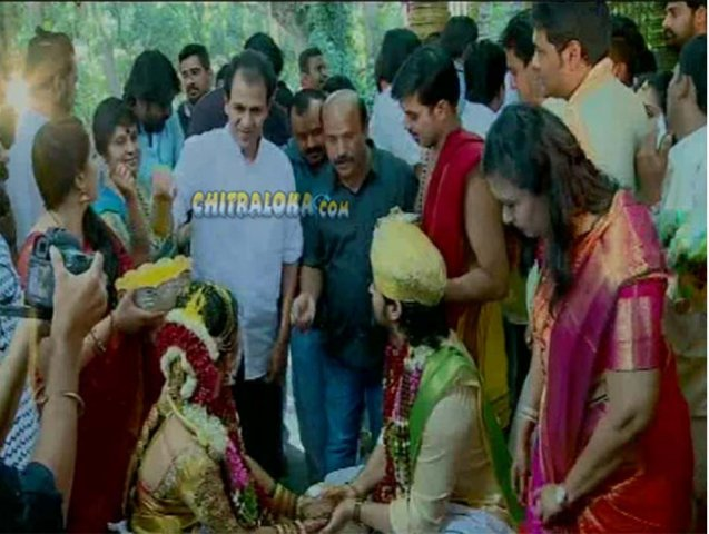 Snapshot Reviews >> Gallery - Yash - Radhika Pandith Wedding Gallery - chitraloka.com | Kannada Movie News, Reviews ...