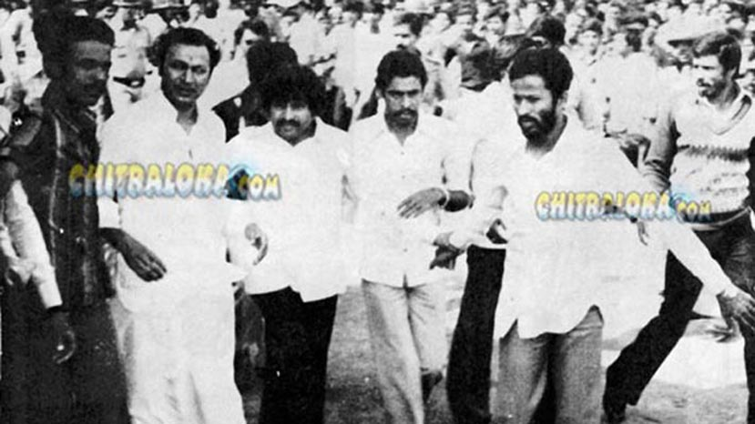 rajkumar during gokak image