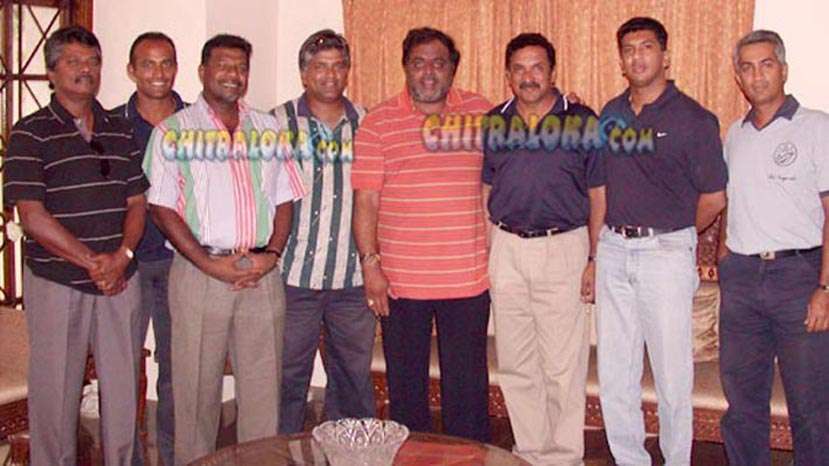 srilanka players at ambarish house