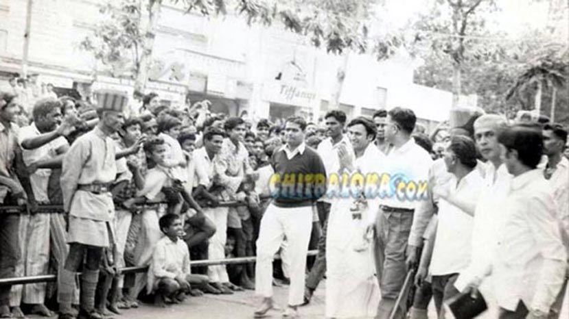 rajkumar during eradu kanasu 100 days function