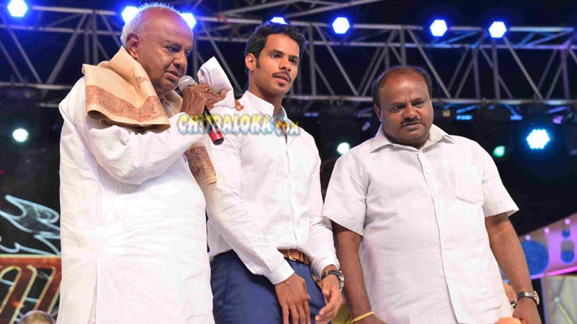 devegowda, hd kumaraswamy watch jaguar