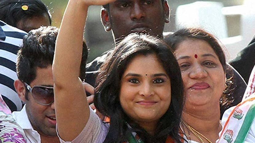 ramya says no to mandya election