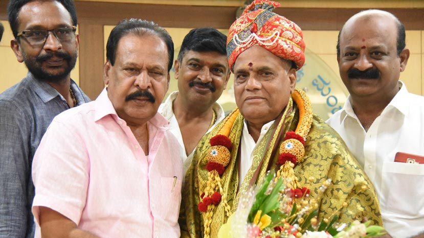 s a chinnegowda takes over the president of kfcc