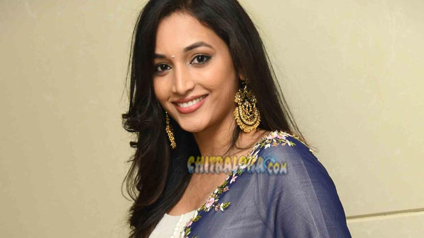 kgf effect, srinidhi shetty in demand