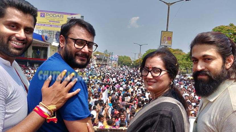 darshan and yash campaign for third consecutive day