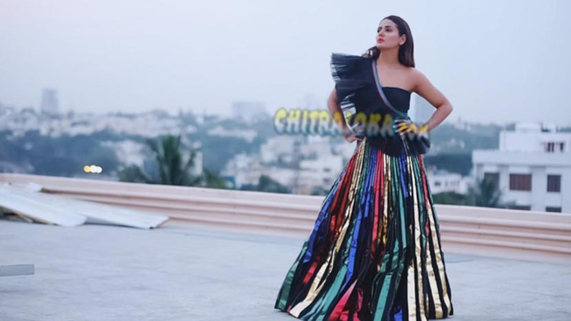 parul yadav turns into a beautiful buteerfly