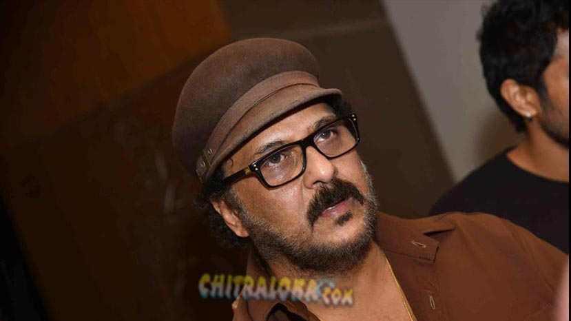 ravichandran requests no camera and coverage for daughter's marriage