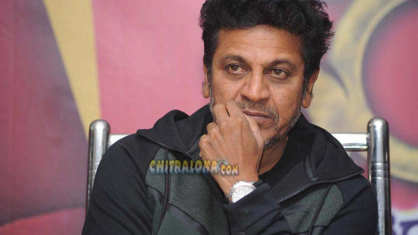 shivanna's first reaction on sumalath's political entry