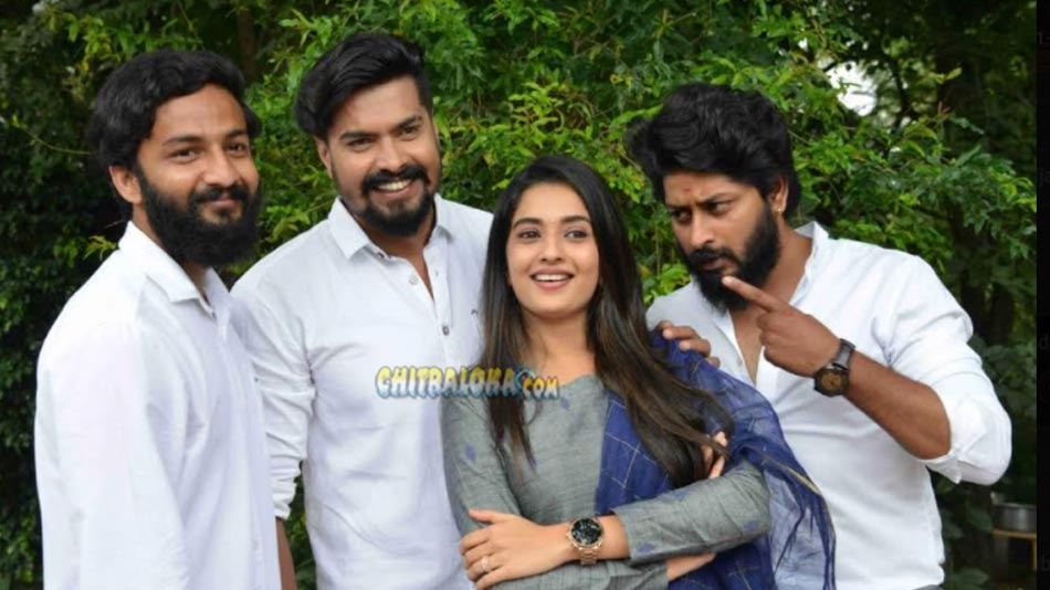 Three Hero's To Chase To Heroine In Shambo Shiva Shankara