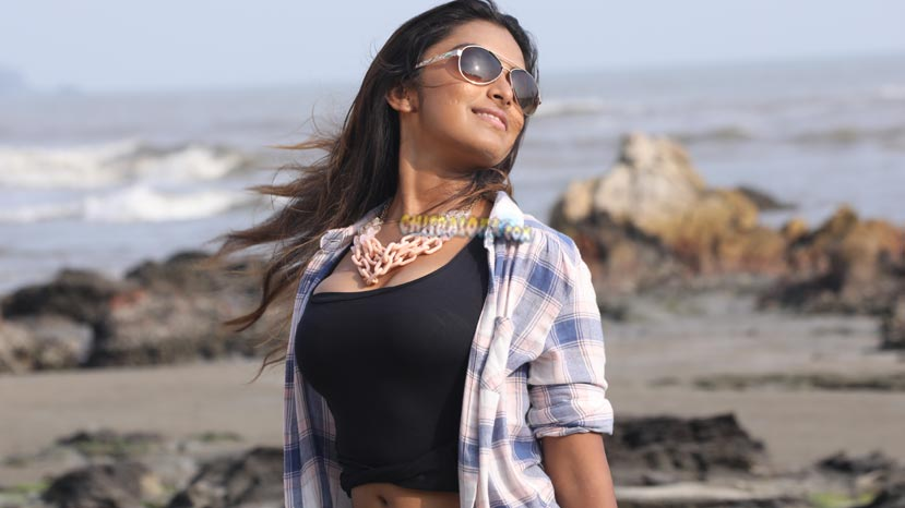padarasa heroine skips movie promotons
