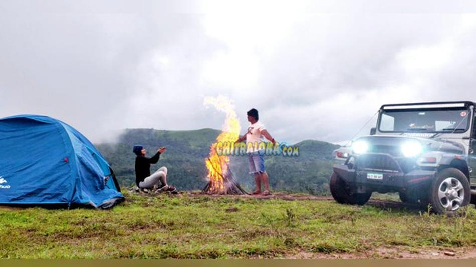 romantic song for salaga shot amidst rain