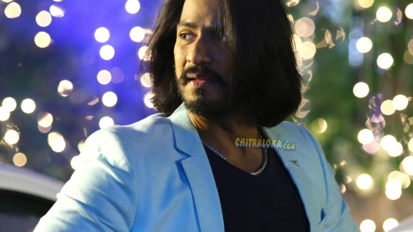 sudeep and darshan promote udgarsha