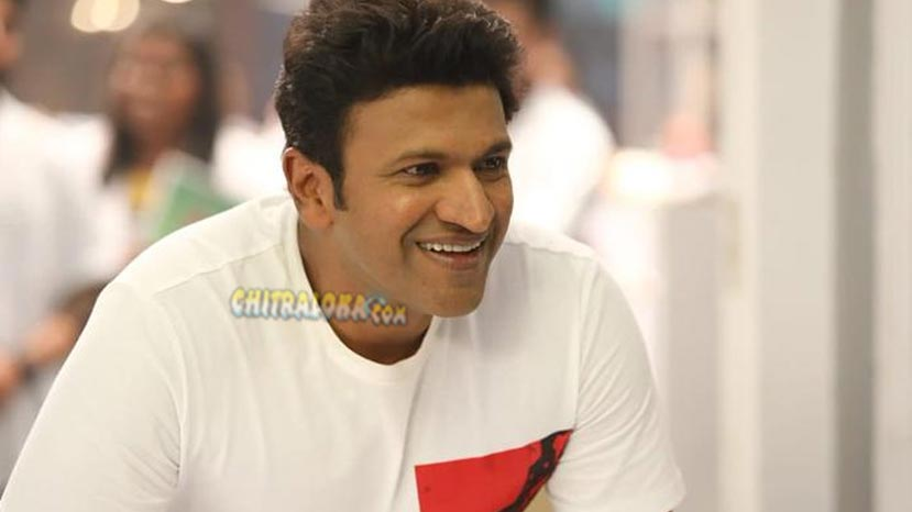 puneeth shoots inside the iconic mysuru maharaja college